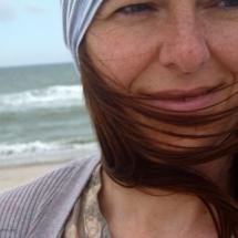 Schmitzendrin am Strand